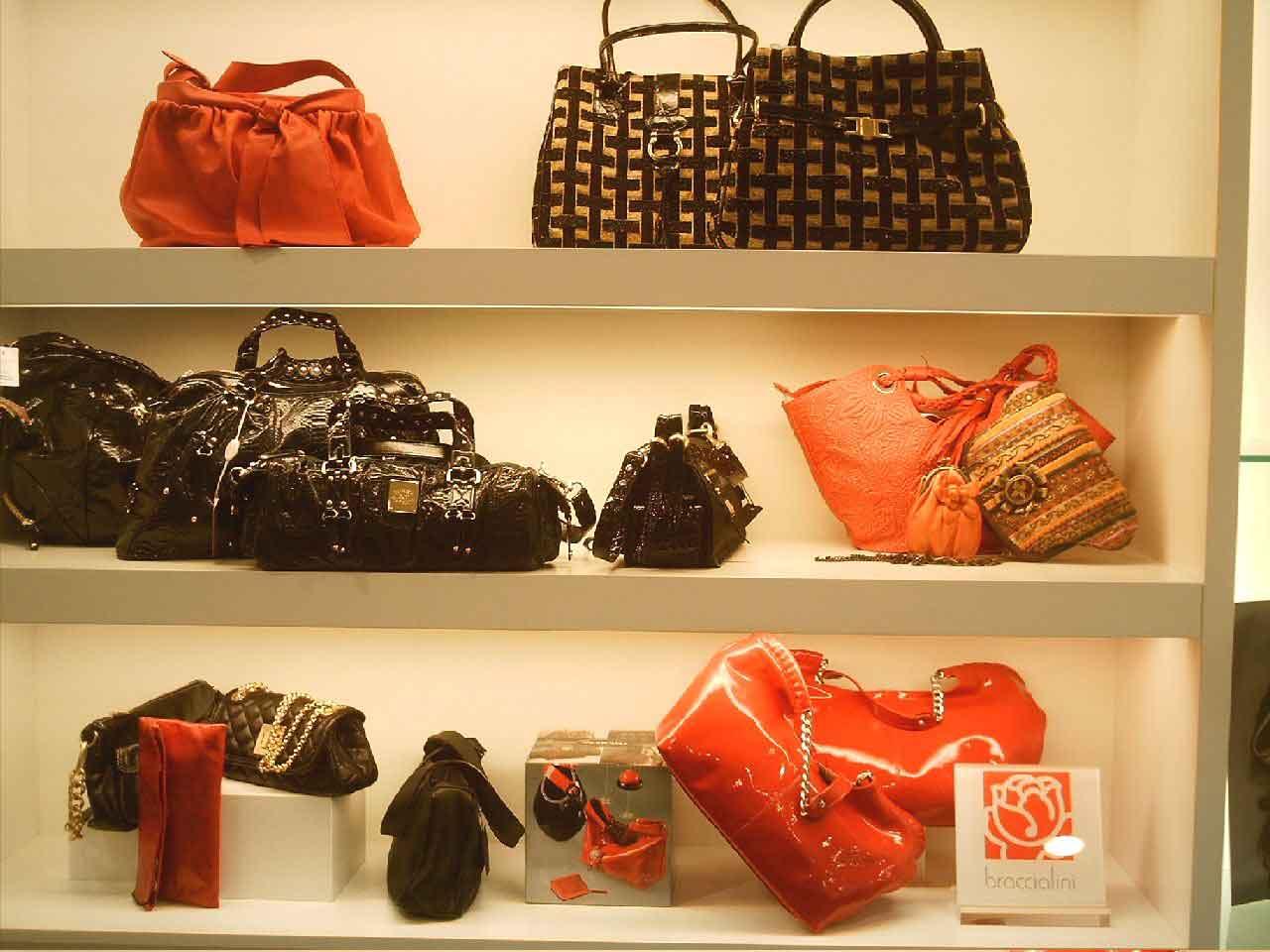 Tienda de bolsos en Manresa   Tienda de maletas en Manresa